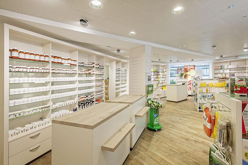 Safran Drogerie Verkaufsladen Hausspezialitaetenbereich